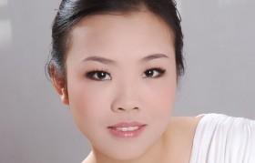 中级钢琴教师---吴玉芳